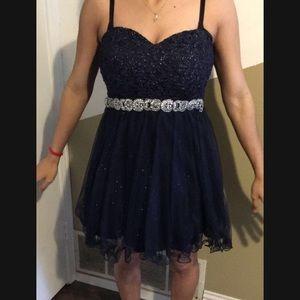 Dresses & Skirts - Navy blue dress (size 7)